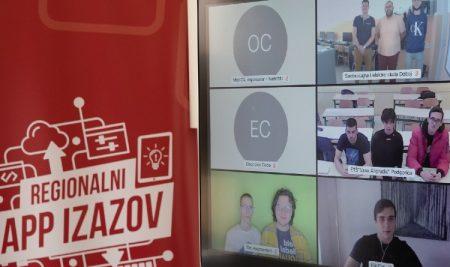 Специјална награда за иновативност на Телекомовом конкурсу у рукама ученика Рачунарске гимназије Филипа Обрадовића